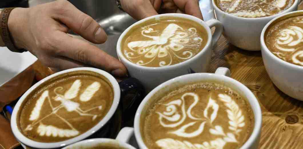 Comment faire du café sans cafetière ni filtre?