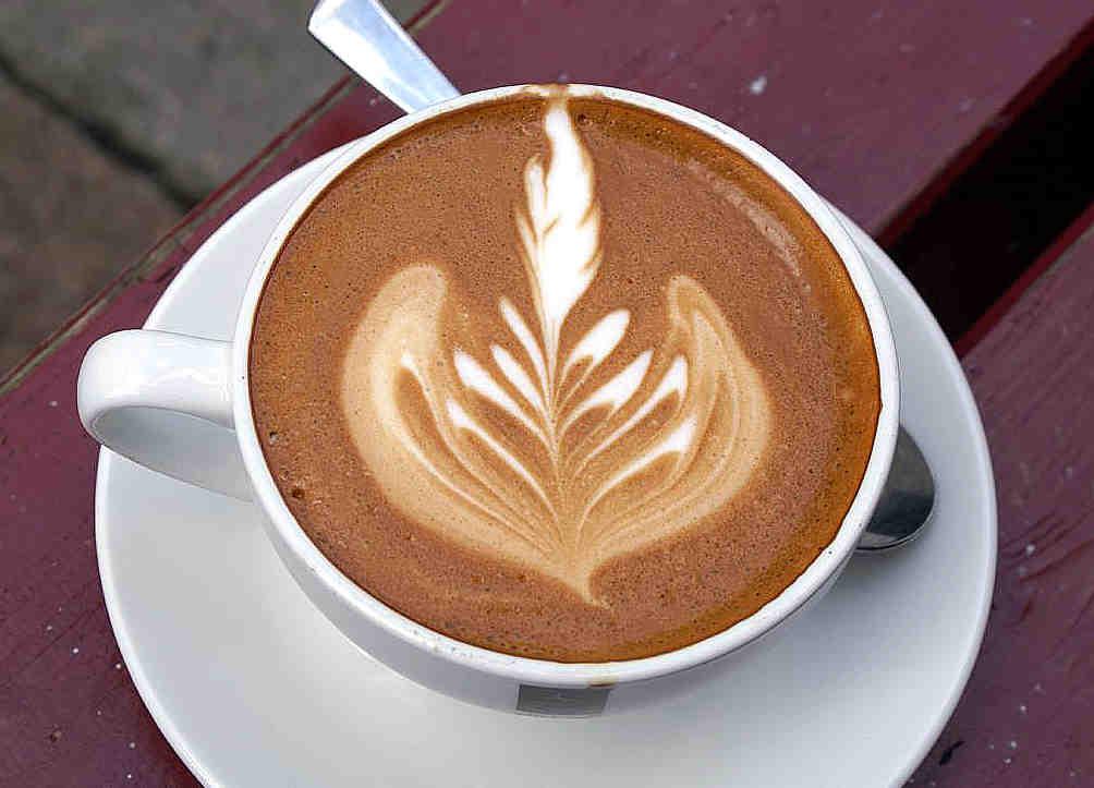 Comment faire les dessins sur le café ?