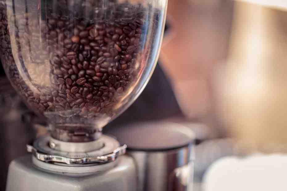 Comment moudre un café expresso?