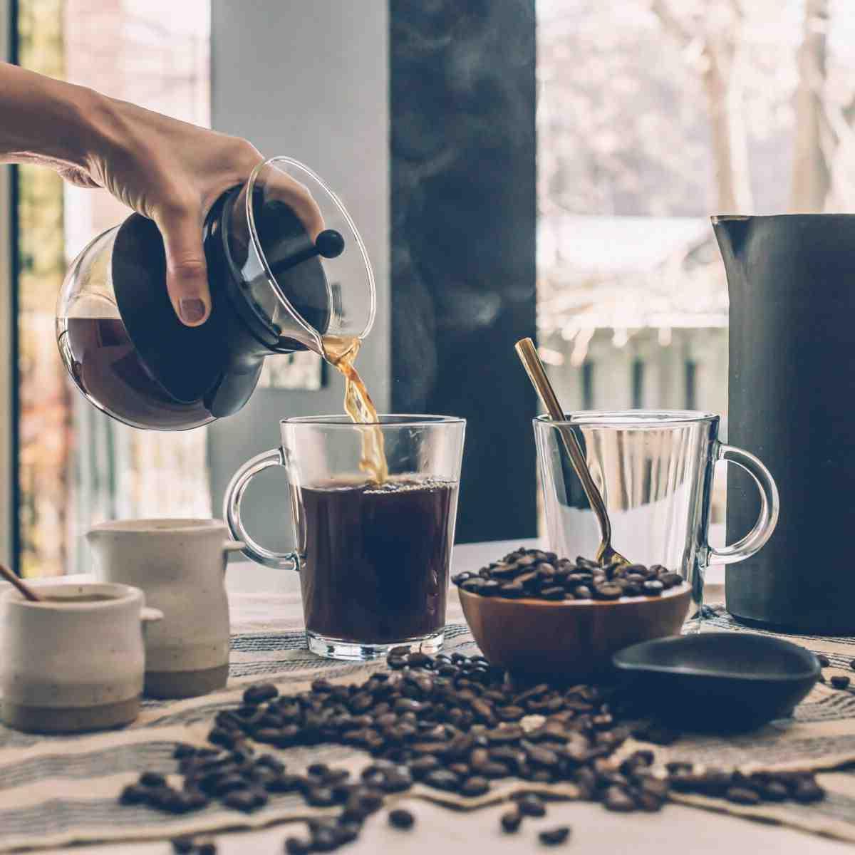 Comment préparer du café sans filtre à café?