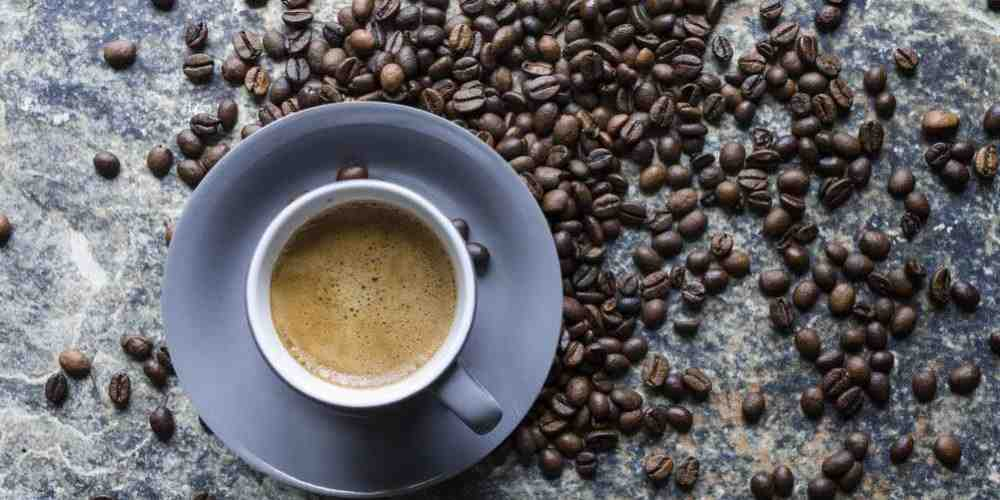 Pourquoi conserver le café au réfrigérateur?